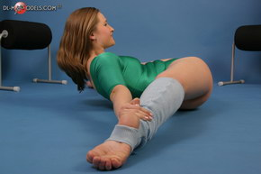 pantyhose flex girl