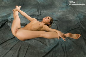 ballet dancing nude video